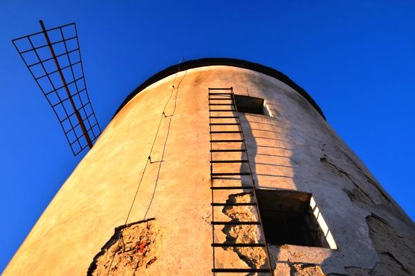 Větrný mlýn, kdo ví co se v něm mlelo?