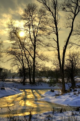 MeanMeandry potoka ve večerním slunci
