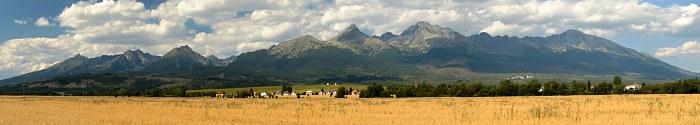 Tatry, panorama od osady Mengusovce