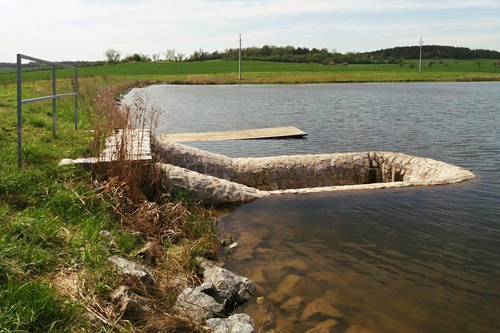 Vodní nádrž Střence